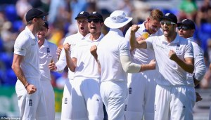 England celebrate dismissing the Aussies for 308